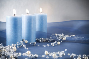 Blue candles and Christmas garland made of silver and pearly beads. To browse more of my Christmas and candles collections, please click on the lightboxes below.
